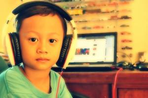 faris headphone